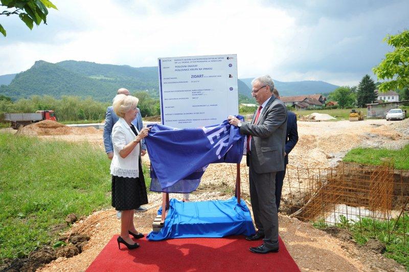 Почела изградња пословног објекта у Крупи на Врбасу