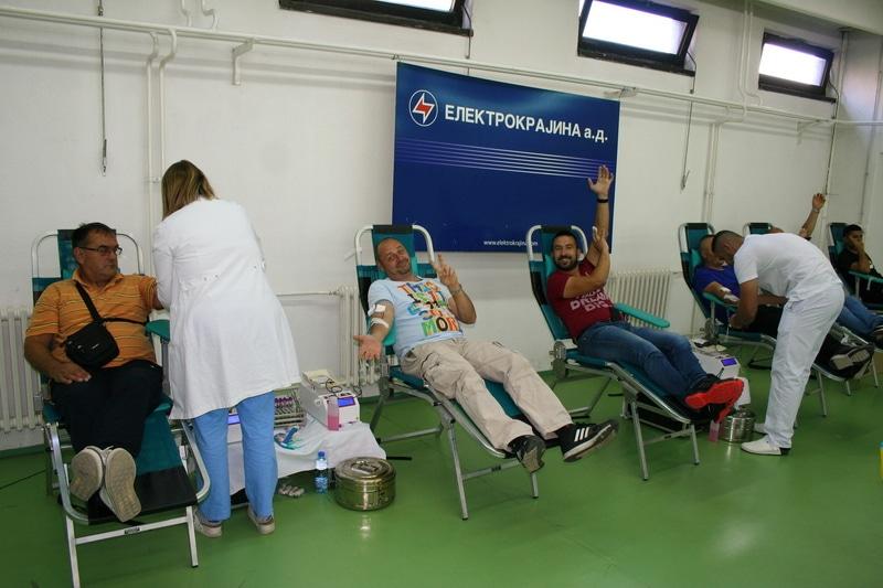 """Radnici """"Elektrokrajine"""" dali 90 doza krvi"""