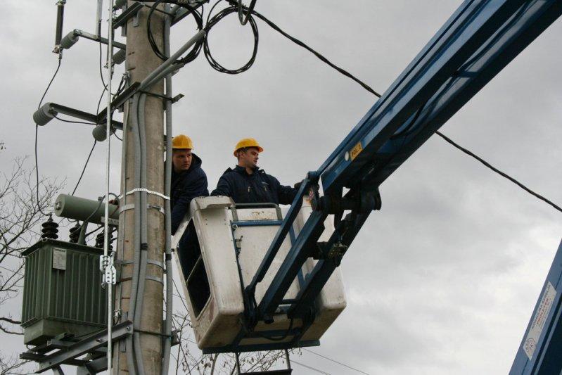 """""""Електрокрајина"""" од 1. јануара остаје  без 2.500 купаца на ниском напону"""